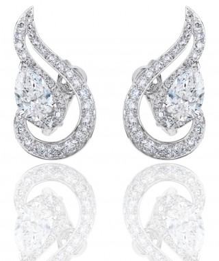 PHENOMENA CREST EARRINGS, De Beers
