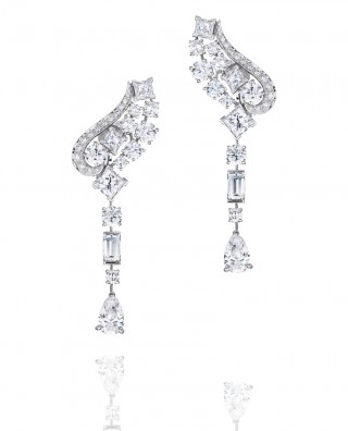 PHENOMENA GLACIER EARRINGS, De Beers